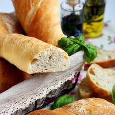 Domowe pieczywo - Ciabatta - wypiekanie na śniadanie Hot Dog Buns, Hot Dogs, Bread, Food, Brot, Essen, Baking, Meals, Breads