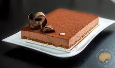 Qui ne connaît pas le Trianon ?!! Ce fameux gâteau au chocolat avec une couche de praliné craquant à l'intérieur. Une tuerie !!! Je dis souvent que je suis