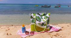 au_bout_du_fil_damandine_ Post spécial ce soir (enfin ici il est 13h30 et on boit un ti punch 🍹.) Je vous présente le joli sac de plage fait pour ma maman pour notre voyage en Guadeloupe ❤️❤️.  #sacotin #sacdeplage #guadeloupe #ilesdeguadeloupe #caraibes #vacancesdereve #cadeau #handmade #faitmain #fabricationfrancaise #coutureaddict#creatrice