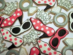 Laura's Custom Cookies Gallery: Diva