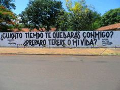 ¿Cuánto tiempo te quedarás conmigo? ¿Preparo tereré o mi vida? #Acción Poética 3 Fronteras #calle