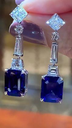 Perfume Bottles, Earrings, Beauty, Jewelry, Places, Beleza, Jewellery Making, Jewels, Ear Piercings
