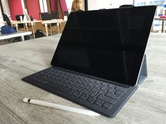 awesome Black Laptops Photos for Website Designers