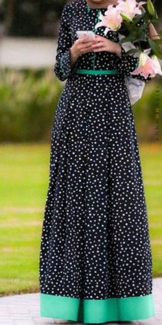 Modest long sleeve polka dot maxi dress full length stylish trendy fashion | Mode-sty tznius hijab muslim mormon jewish christian lds islamic