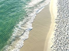 Crystal clear water of Pensacola Beach!