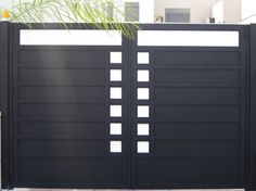 front gate of house design Modern Front Gate Design, Front Wall Design, Gate Designs Modern, House Main Gates Design, Steel Gate Design, Iron Gate Design, Main Door Design, House Design, House Front Gate