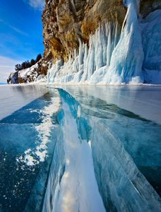 Also known as the Blue Eye of Siberia, Lake Baikal is absolutely unique. It is the biggest, deepest, and the oldest freshwater lake on Earth, containing twenty percent of the unfrozen freshwater reserves of our planet. The amazingly beautiful area of Lake Baikal is surrounded by mountains and forests, while its waters are dotted by thirty little islands.