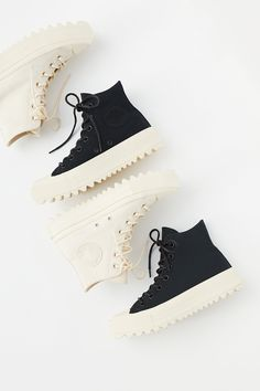 Shop our Lift Ripple Hi Top Sneaker at FreePeople.com. Share style pics with FP Me, and read & post reviews. Free shipping worldwide - see site for details.