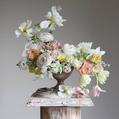 It has been a dream for me today to gather spring flowers from garden and learn how to arrange flowers with my all time favorite floral… Beautiful Flower Arrangements, Floral Arrangements, Beautiful Flowers, Birthday Flower Arrangements, Spring Flower Arrangements, Floral Centerpieces, Wedding Centerpieces, Wedding Bouquets, Floral Wedding