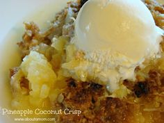 Pineapple Coconut Crisp Dessert Recipe - This was really yummy. I may use a little less pineapple next time and make sure its drained almost completely. I would also add a little more coconut :) other than that. Brownie Desserts, Oreo Dessert, Mini Desserts, Coconut Dessert, Eat Dessert First, Just Desserts, Delicious Desserts, Dessert Recipes, Yummy Food