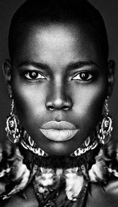 Actress/Model Karen Bengo