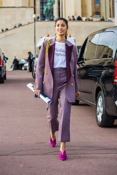 Caroline Issa is seen after the Hermes show during Paris Fashion Week Womenswear on October 2 2017 in Paris France Fashion Mode, Suit Fashion, Look Fashion, Fashion Outfits, Fashion Ideas, Womens Fashion, Trendy Fashion, Winter Fashion, Fashion Trends