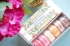 Six pieces macarons for mother's day