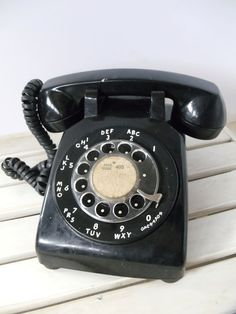 Can you hear me NOW?  Vintage Black ROTARY PHONE - OFFICE Collectible - Classic Retro - SouthWestern Bell System