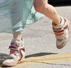 Long skirt and wedge sneakers...trend alert  http://toutce-quimeplait.blogspot.it/