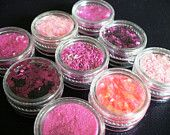 Nail Art Supplies Glitter Mini Pots in shades of pinks hot pink link pink fuchsia peach in fine chunky and heart shaped glitter set of 9