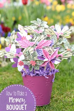 How to Make a Money Bouquet-One of the best ways to give money for any occasion! Great for graduation, birthdays, weddings or holidays! Easy to fold and make this money tree. #graduationgift #birthdaygifts #moneybouquet #bridalshower #moneygifts