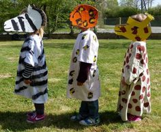 """Chloé Ça y est ici on sort un peu la tête de l'eau, le carnaval c'est demain et on est fin prêts ! En lien avec le thème de l'Afrique, nous avons choisi de nous déguiser en animaux. Notre """"monsieur carnaval"""" est cette année la Terre car le thème du carnaval..."""