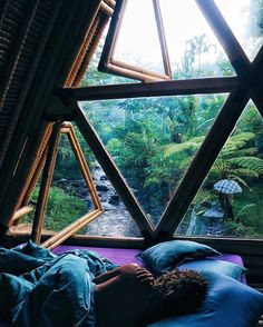 "Those windows! Peaceful jungle hideaway ft willows sleepy locks This sacred space is called hideout bali - you can find it on airBnB ️xxx"" Earthship, My Dream Home, Dream Life, Future House, Interior And Exterior, Room Interior, Luxury Interior, Architecture Design, Sustainable Architecture"
