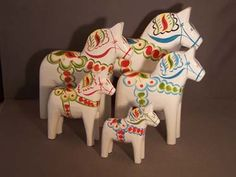 "8"" White Dala Horse.  Must have!"