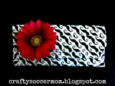 Crafty Soccer Mom: Duct Tape Clutch~Beginner Level