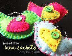 Felt Bird Sachets - Positively Splendid {Crafts, Sewing, Recipes and Home Decor}