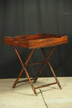 Butlers` tray on stand