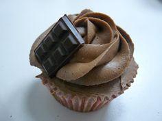 Estrade's cakes: cupcakes de almendra con buttercream de chocolate, receta