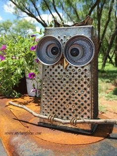 kitchen grater owl, crafts, gardening, repurpose household items