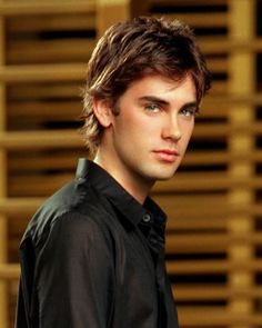 CHARMED - Chris Halliwell played by Drew Fuller, Piper and Leo's Second son.