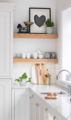 Our small kitchen ideas are perfect for those not blessed with a large and sociable kitchen-diner. Sure, you might not have space for a kitchen island, range cooker and dining table to cram guests around. Kitchen Shelves, Diy Kitchen, Kitchen Interior, Kitchen Decor, Kitchen White, Small Kitchens, Kitchen Living, Kitchen Ideas Simple, Kitchen Ideas For Small Spaces