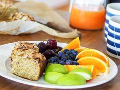 Frokostkake uten banan Good Food, Fun Food, French Toast, Dairy, Gluten, Cheese, Baking, Breakfast, Blogging
