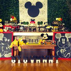 Festa Mickey Theme Mickey, Fiesta Mickey Mouse, Mickey Mouse Baby Shower, Mickey Mouse Clubhouse Birthday Party, Mickey Mouse Parties, Baby Mickey, Mickey Party, Mickey Mouse And Friends, Mickey Mouse Birthday