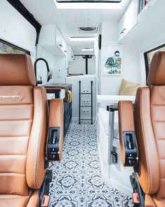 van home layout 173107179416447840 - Check out these gorgeous Camper van conversions to inspire your next adventure Source by changemyworld Van Conversion Layout, Van Conversion Interior, Sprinter Van Conversion, Camper Van Conversion Diy, Van Conversion Seats, Mercedes Sprinter Camper Conversion, Campervan Conversions Layout, Motorhome Conversions, Luxury Campers