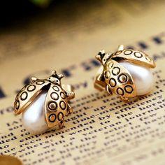 lady bug pearl studs, so cute