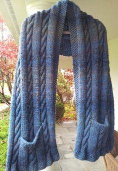 Knitting Needle Sets, Lace Knitting, Knit Crochet, Knitting Machine Patterns, Knit Patterns, Super Chunky Yarn, Vogue Knitting, Street Look, Knitted Shawls