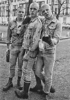 Three rejects from a Russian gulag. Skinhead Men, Skinhead Boots, Skinhead Reggae, Skinhead Fashion, Skinhead Style, Punk Guys, Black Saturday, Skin Head, Teddy Boys