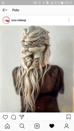 Coiffure Wedding Hair And Makeup, Hair Makeup, Hair Wedding, Dress Wedding, Boho Bridal Hair, Wedding Nail, Bohemian Wedding Dresses, Prettiest Wedding Dress, Braids For Wedding Hair