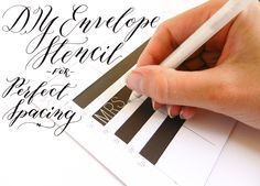FREE~~ DIY envelope stencils are a great solution for people who have trouble writing in a straight line. It only takes a time investment to make one! Envelope Diy, Envelope Writing, Envelope Templates, Envelope Address Template, Postman's Knock, Calligraphy Envelope, Calligraphy Fonts, Script Fonts, Fun Fonts