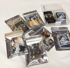 Bts Photo, Foto Bts, Bts School, Army Room Decor, Kpop Diy, Cute Keychain, Korean Aesthetic, Bts And Exo, Cute Stationery