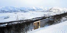Må klatre opp til hytta, men utsikten er verd det. Interior Architecture, Norway, Cottage, Cabin, Outdoor, Men, Architecture Interior Design, Outdoors, Interior Designing