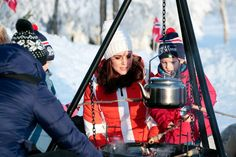 Prince William and Kate Middleton Are Snow Bunnies in Norway | PEOPLE.com
