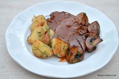 Romanian Food, Carne, Food And Drink, Beef, Chicken, Ethnic Recipes, Unt, Blue Prints, Pork