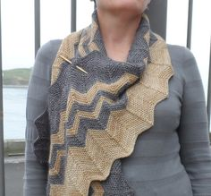 Ravelry: Rumple Scrap pattern by Laura Aylor