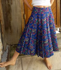 80's Skirt// M side// Blue with colored motifs