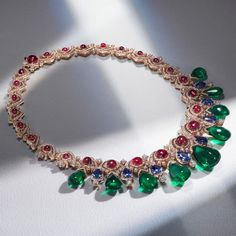 with ・・・ Unleash your inner screen siren. Pink gold, emeralds, sapphires and diamonds form this necklace from Bvlgari's Cinemagia High Jewelry collection. High Jewelry, Luxury Jewelry, Jewellery, Jewelry Design Drawing, Diamond Pendant Necklace, Diamond Necklaces, Bvlgari, Necklace Designs, Pink And Gold