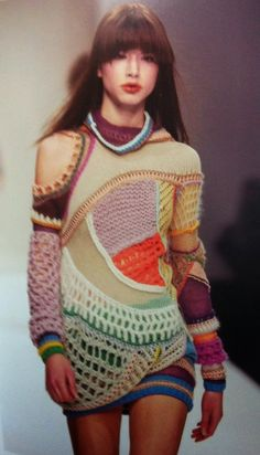 Crochet and knit worked together in patchwork fashion Knitwear Fashion, Knit Fashion, High Fashion, Unique Fashion, Fashion Ideas, Freeform Crochet, Knit Crochet, Alter Pullover, Moda Crochet