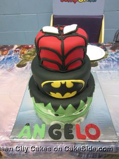 Super Heroes by Queen City Cakes on www.cakeside.com!