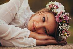 #blue #eyes #flowers #crown