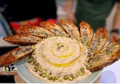Cartofi crocanți în crustă de mălai - Rețete Merișor Caramel, Cake, Desserts, Food, Sticky Toffee, Tailgate Desserts, Candy, Deserts, Kuchen